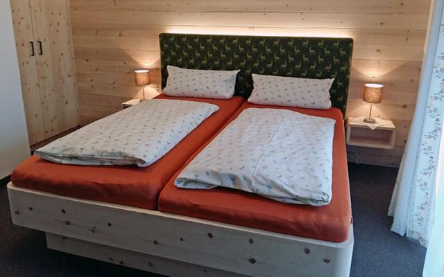 Gästehaus Pöppl Zimmer 01 Rechenberg Schlafen (2)